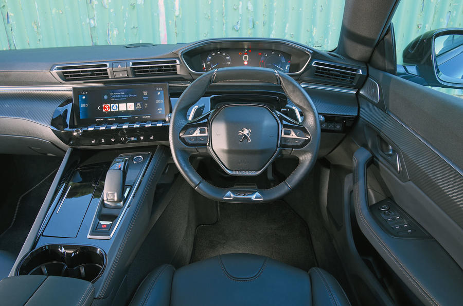 Name:  12-peugeot-508-2018-rt-dashboard_1.jpg